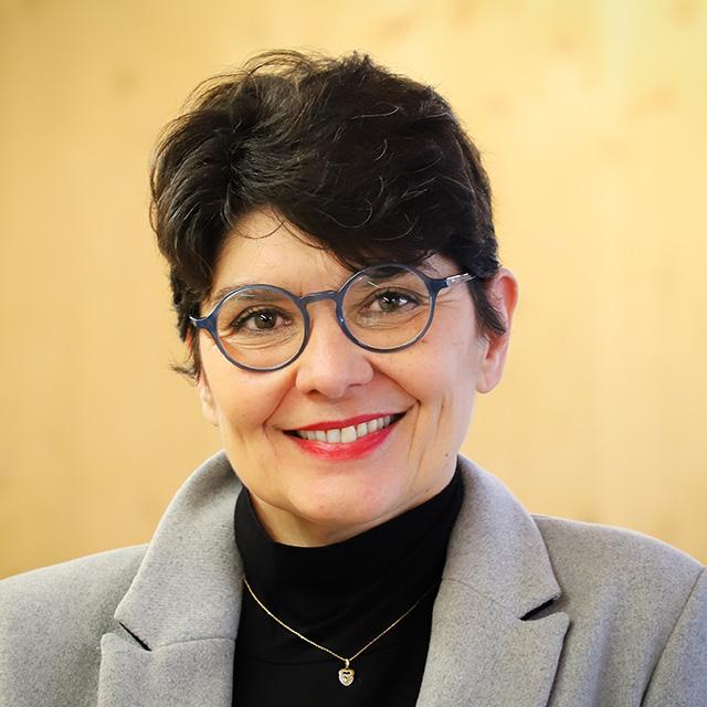 Julia MUCIENTES